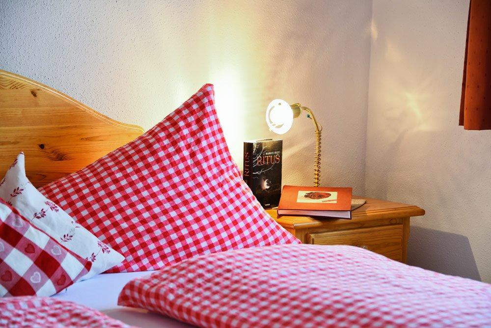 appartamento-ortler-camera-da-letto-dettagli