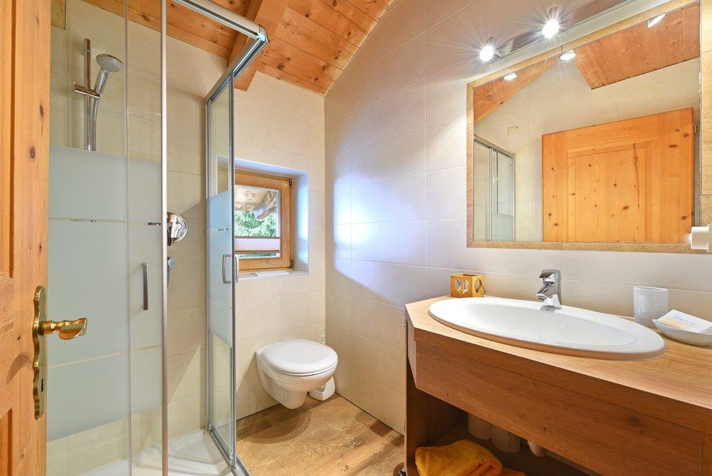 appartamento-bichel-doccia